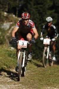 060924_oberammergau_ma_men_rudigerb_fumicl_uphill